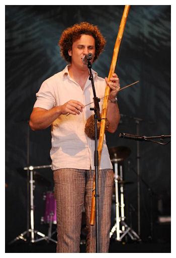 photo de meddy Gerville sur scène
