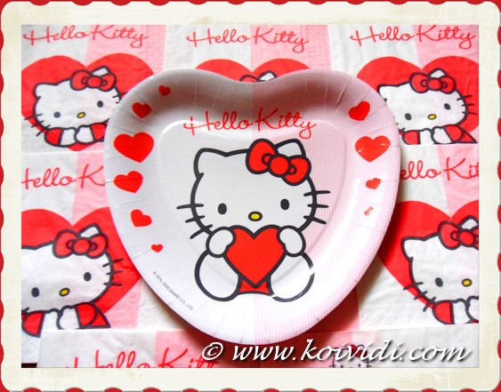 Photo assiette en carton Hello Kitty